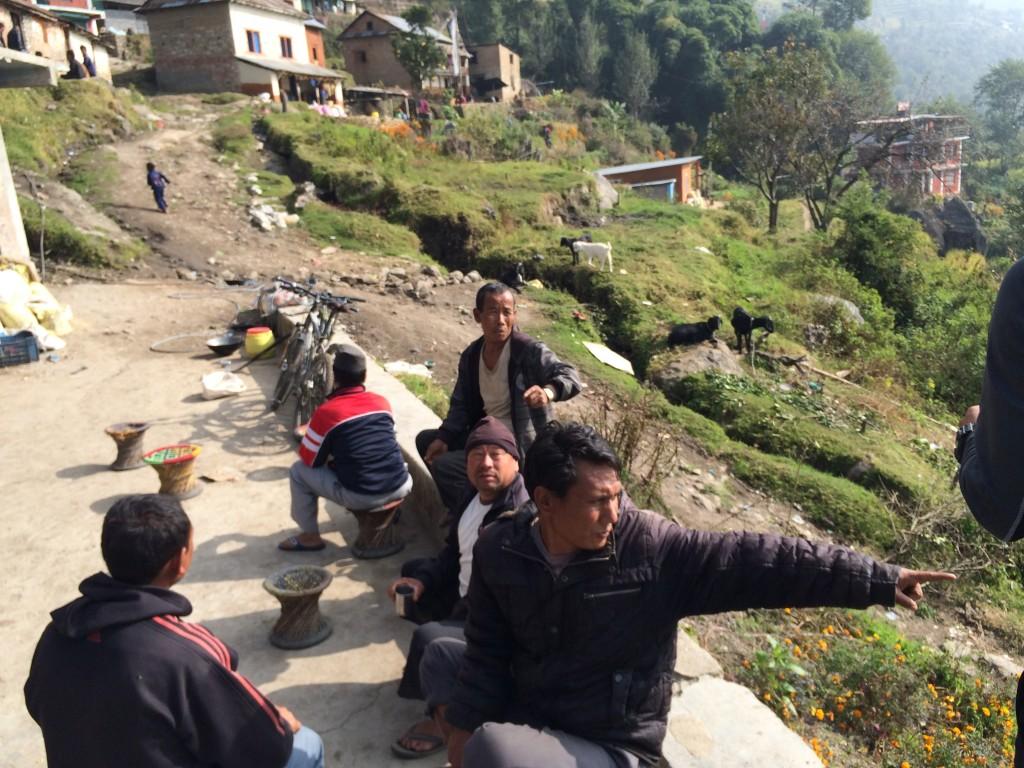 På dagens tur på MTB var der hjælp at hente hos de lokale i bjergene, for at undgå vagter, da vi var på grænsen til nationalparken og vi var i tvivl om grænsen egentlig var.