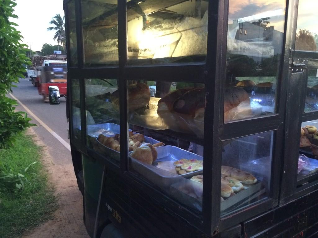 Bagerbilen (ding dong) kommer til dig med friskbagt brød.